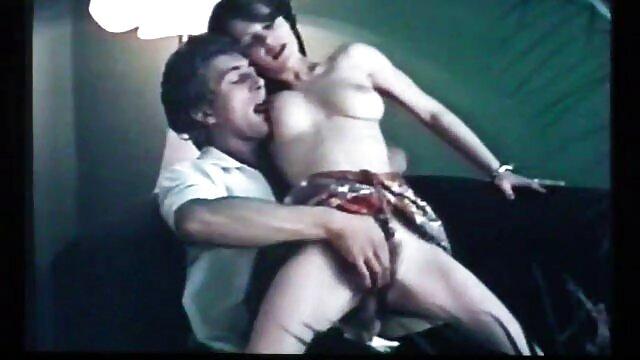 پورنو بدون ثبت نام  آسا آکیرا و لونا ستاره بازی در یک فیلم های سکسی اچ دی تخت بزرگ