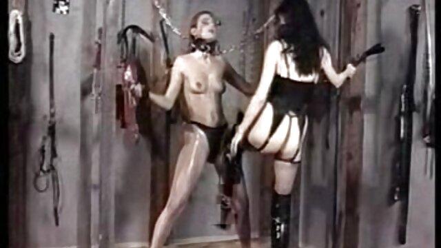پورنو بدون ثبت نام  جدید ستاره فیلم سینمایی سکسی اچ دی فیلم خودش را در مقابل یک دوربین فیلمبرداری